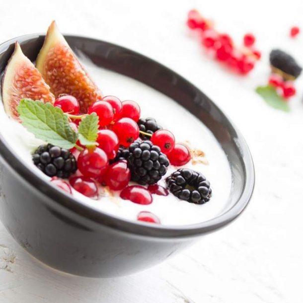 yogurt-1786329_1280-1024x682